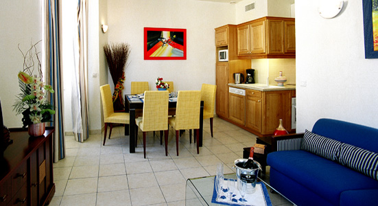 Cannes location meubl reservation appartement vacances for Location meuble cannes
