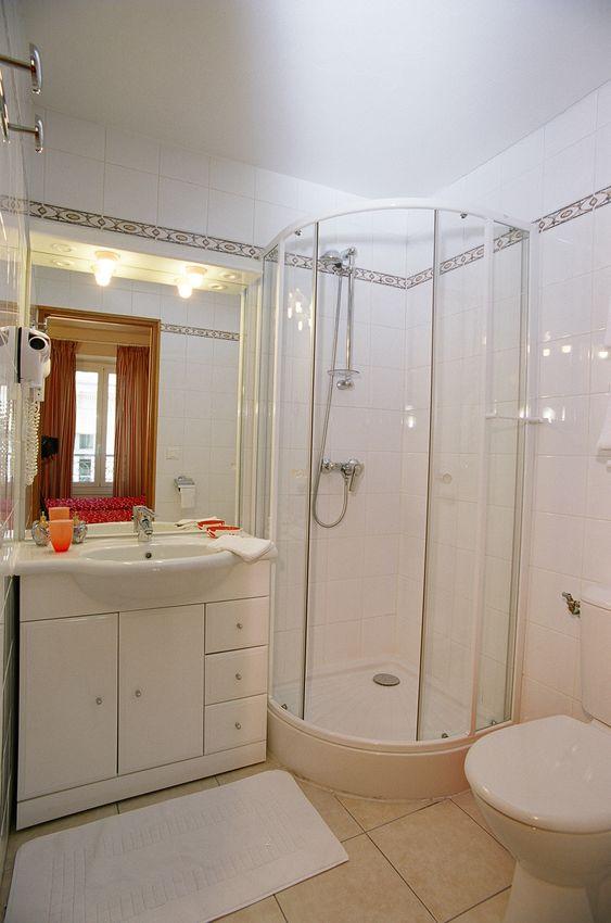 Cannes location meuble appartement 4 pi ces internet wi fi for Location meuble cannes